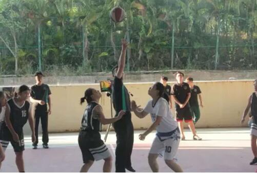 我院荣获体育欢乐节5V5女子篮球赛亚军